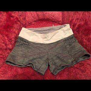 Auth Lululemon yoga shorts size 4